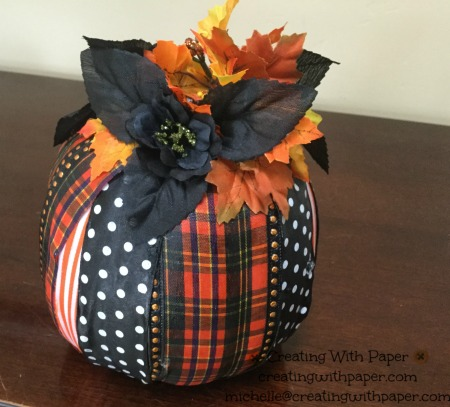 Ribbon pumpkin 1